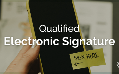 What is a qualified electronic signature and its characteristics